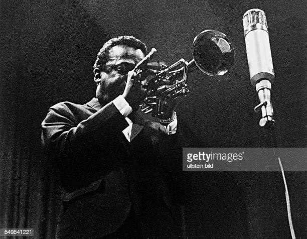 Germany Frankfurt/Main jazz musician Miles Davis giving a concert