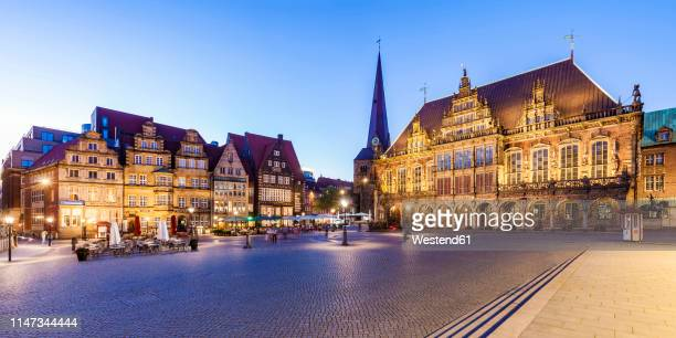 germany, free hanseatic city of bremen, market square, merchants houses, townhall, bremen roland, unesco world heritage site - bremen stock pictures, royalty-free photos & images