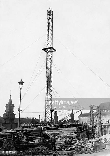 Germany Free State Prussia Berlin Berlin East Harbor at the bridge 'Oberbaumbruecke' construction of a large refrigeration plant the 70meterhigh...