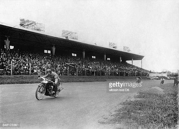Germany Free State Prussia Berlin Berlin Motorcycle - race on the AVUS , drivers in front of the tribune - ca. 1921 - Photographer: Walter Gircke...