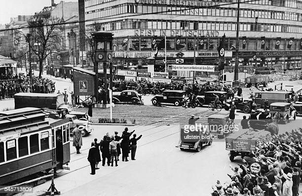 Germany Free State Prussia Berlin Berlin Plebiscite 1936 One minute of ordered traffic at a standstill on the Potsdamer Platz start of Hitlers speech...