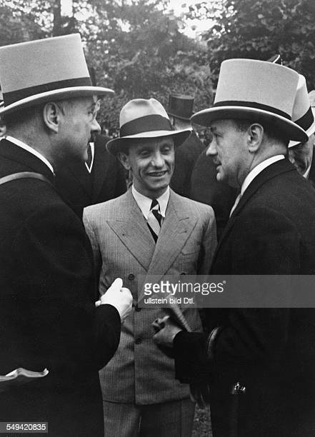 Germany Free State Prussia Berlin Berlin The Group 1 flat horse race called Deutschland Preis at the Hoppegarten Reichsminister Joseph Goebbels in...
