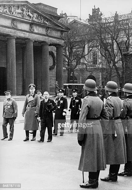 Germany Free State Prussia Berlin : Japanese foreign minister Matsuoka taking the guard of honour at the War Memorial; to his left: Paul von Hase,...