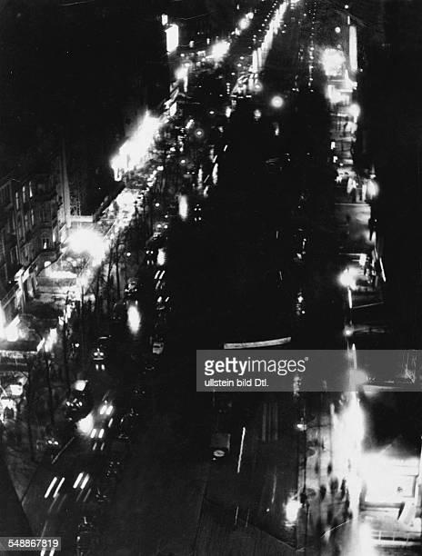 Germany Free State Prussia Berlin: Kurfuerstendamm at night - 1934 - Photographer: Herbert Hoffmann Vintage property of ullstein bild