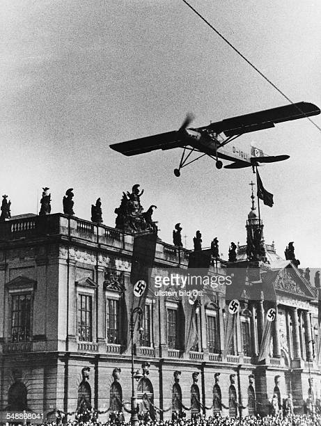 Germany Free State Prussia Brandenburg Province Berlin Landing of a 'Fieseler Storch' on the street 'Unter den Linden' in front of the Zeughaus...