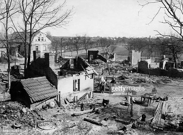 Germany Free State Prussia Brandenburg Province : Spreewald, the village Byhleguhre destroyed houses, no further information - 1929 - Photographer:...