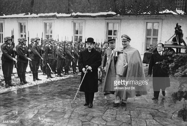 Germany Free State Prussia: Nazi leader Hermann Göring receiving the Japanese foreign minister Matsuoka at Carinhall near Berlin; right: the Japanese...