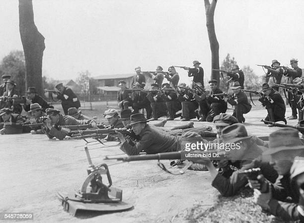 Germany Free State Prussia Province of Upper Silesia Silesian Uprising 1921 Polish militia Members of the Polish militia occupy a street of Cosel...