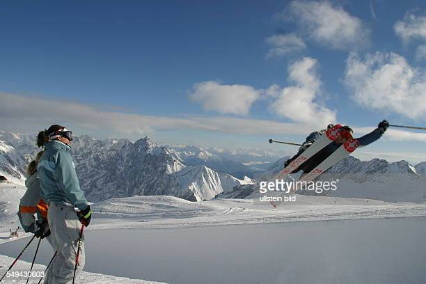 Free time Winter holidays at the Zugspitze skiing