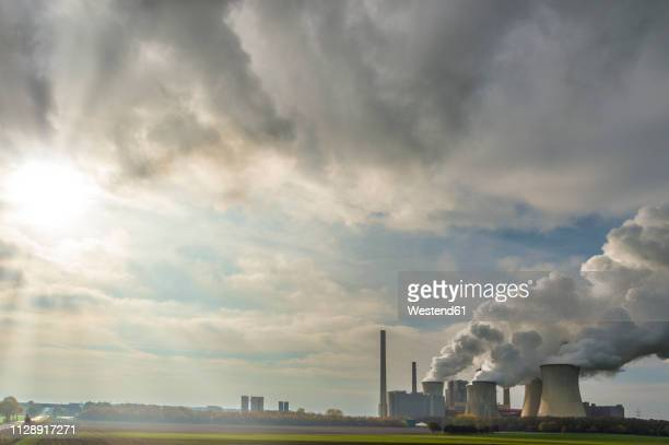 germany, grevenbroich, modern brown coal power station neurath i - coal fired power station stock pictures, royalty-free photos & images