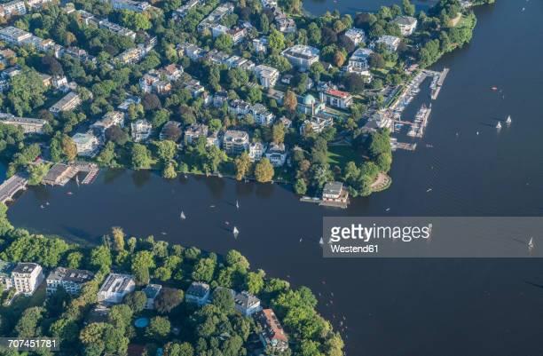 germany, hamburg, aerial view of outer alster lake - margem do lago - fotografias e filmes do acervo
