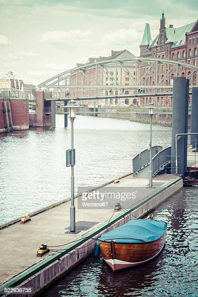 Germany, Hamburg, HafenCity, Old Warehouse District, Lonely boat