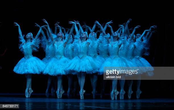 Germany Hamburg Hamburg Staasoper showing the ballet 'Illusions like Swan Lake' choreography John Neumeier dancer ensemble