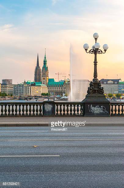 Germany, Hamburg, Inner Alster Lake, view from the Lombard bridge in the evening light