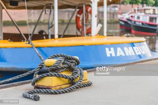 germany, hamburg, moored barge - quayside ストックフォトと画像