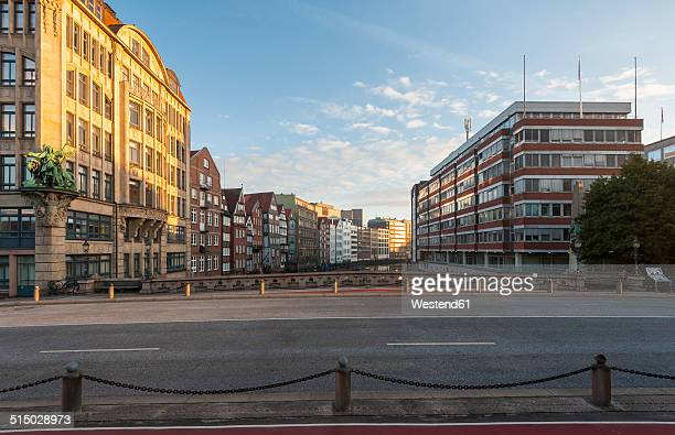 germany, hamburg, nikolaifleet at sunrise - hamburg germany stock pictures, royalty-free photos & images