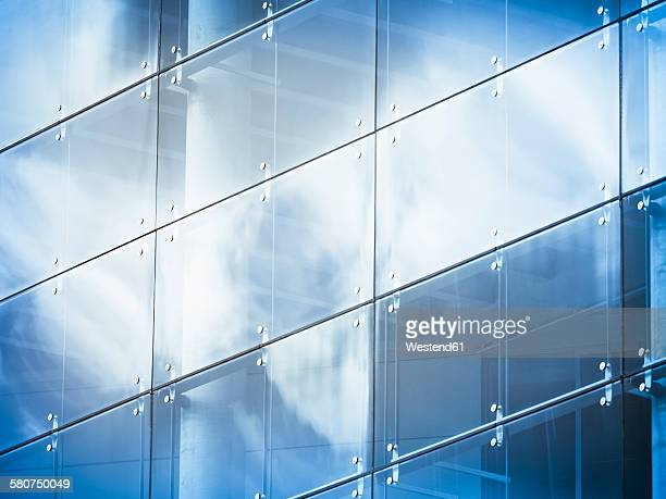 Germany, Hamburg, office building, glass facade, reflection of cloud