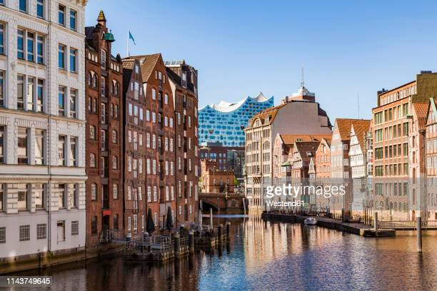 germany, hamburg, old town, town houses at nikolai fleet - hamburg germany stock pictures, royalty-free photos & images