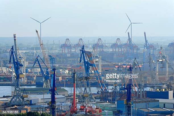 Germany, Hamburg, Steinwerder, harbor and River Elbe