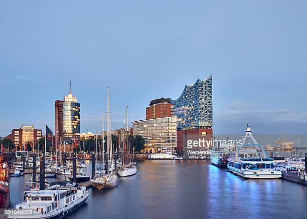 Germany, Hamburg, view to Elbe Philharmonic Hall at twilight