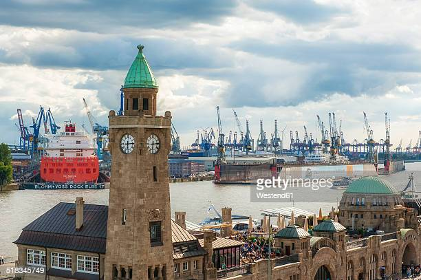 Germany, Hamburg, View to St. Pauli Landing Stages and harbour