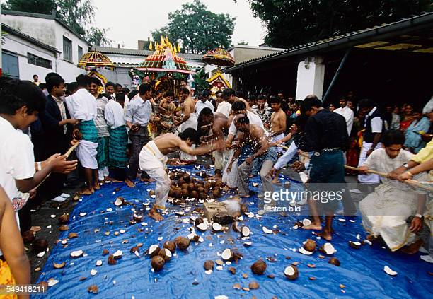 HinduTamils in Germany The annual temple celebration in and around the temple Sri Sithivinayagar Temple start of the procession