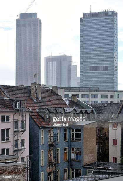 Germany Hesse Frankfurt am Main backyards at 'Bahnhofsviertel' area around the station
