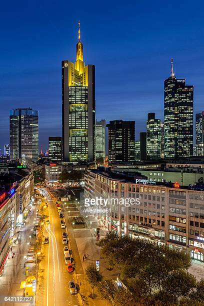 Germany, Hesse, Frankfurt, Downtown view, Commerzbank Tower with Hauptwache, financial district