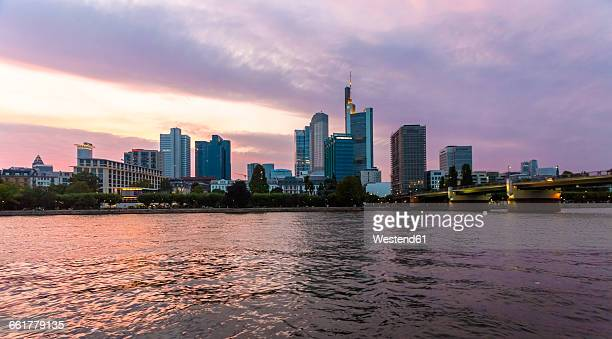 Germany, Hesse, Frankfurt, Sykline, financial district in the evening