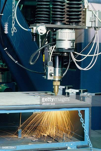 Interatomic laser of VApipe holder