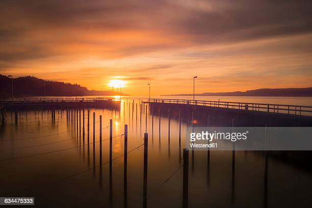 Germany, Lake Constance, Sipplingen harbour at winter solistice