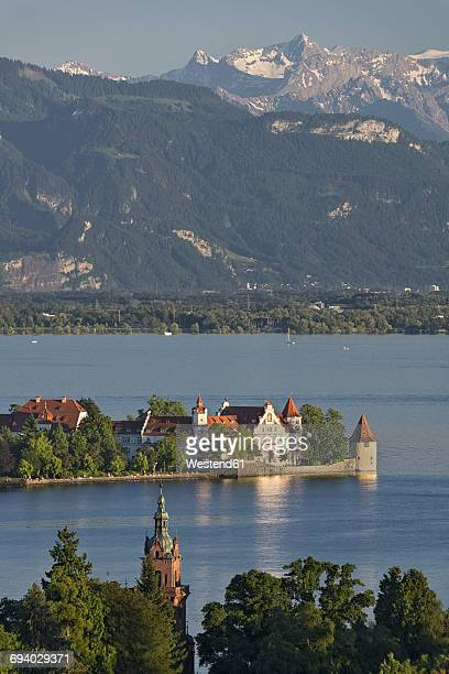 Germany, Lindau, Lake Constance, view from Hoyerberg on island and mountains