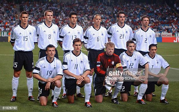 Germany lineup for a team photo 21 June 2002 at the Munsu Football Stadium in Ulsan ahead of quarterfinal action between Germany and USA in the 2002...
