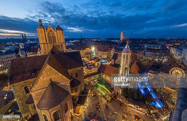 Germany, Lower Saxony, Braunschweig, Christmas market in the evening