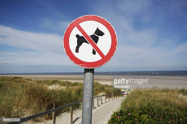 Germany, Lower Saxony, East Frisia, Langeoog, sign No dogs allowed