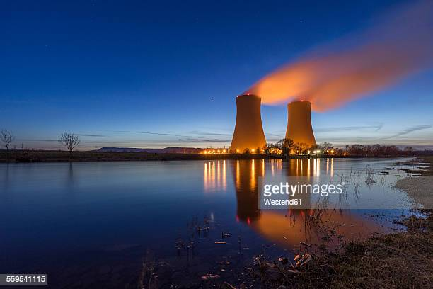 germany, lower saxony, grohnde, grohnde nuclear power plant - atomic imagery photos et images de collection