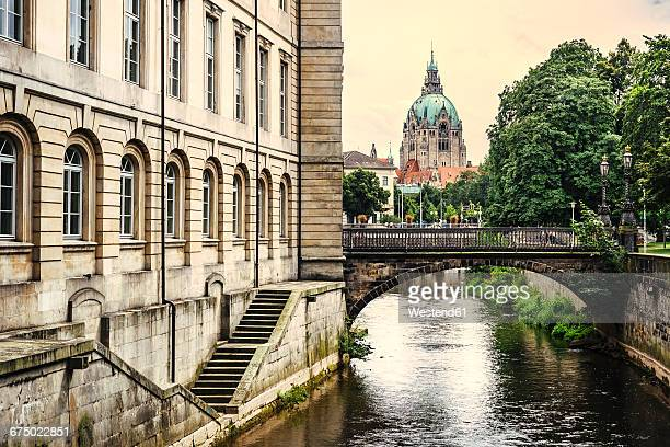 Germany, Lower Saxony, Hannover, New town hall and canal, Leine river