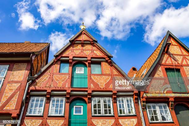germany, lower saxony, lueneburg, old town, gable house - lüneburg stock photos and pictures