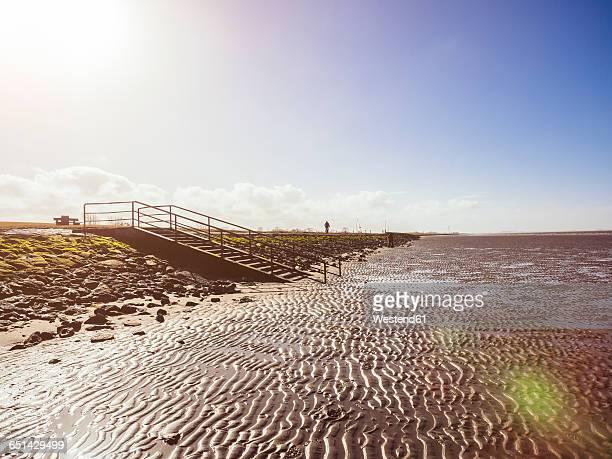 Germany, Lower Saxony, near Cuxhaven, Wadden Sea during low tide