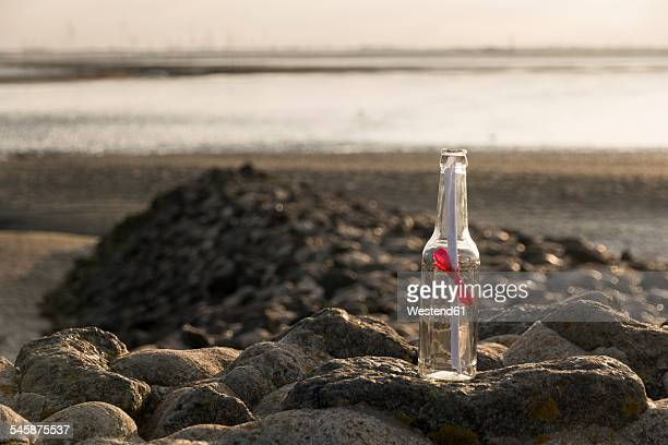 Germany, Lower Saxony, Wremen, Message in a bottle
