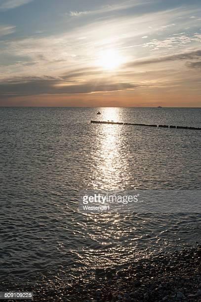 Germany, Mecklenburg-Western Pomerania, Ruegen, Dranske, Baltic Sea at sunset