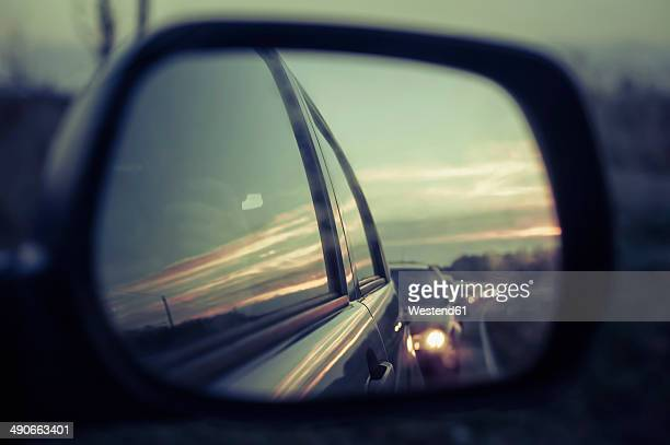 Germany, Mecklenburg-Western Pomerania, Ruegen, Reflection of cars in wing mirror