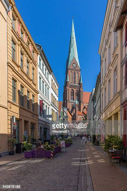 Germany, Mecklenburg-Western Pomerania, Schwerin, Old town, View to Schwerin Cathedral