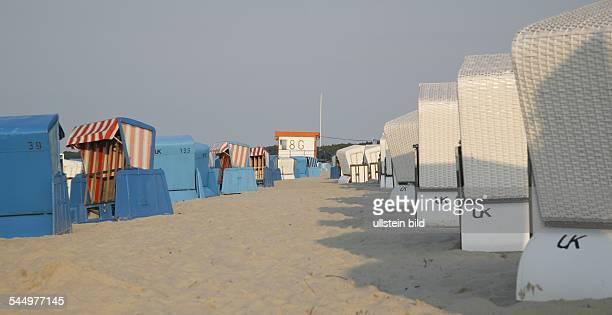 Germany - Mecklenburg-Western Pomerania - Zinnowitz : beach chairs on the beach