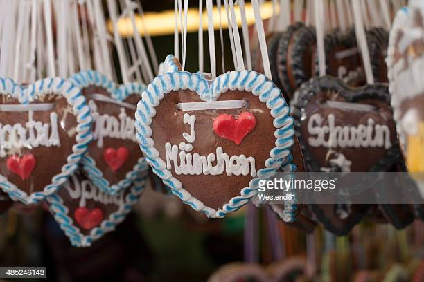 Germany, Munich, German gingerbread hearts at Viktualienmarkt