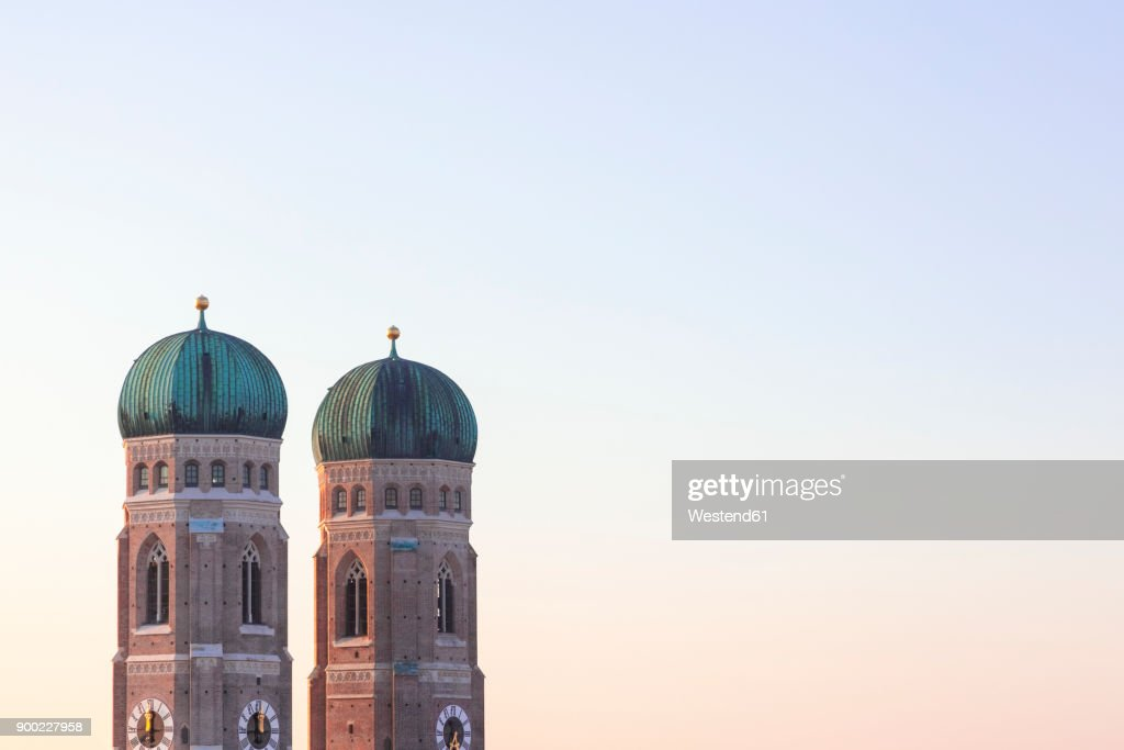 Germany, Munich, view to spires of Cathedral of Our Lady at twilight : Stock Photo