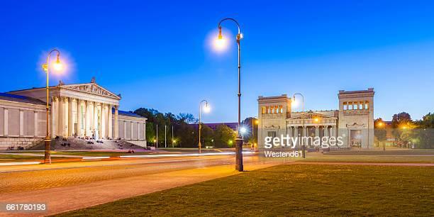 Germany, Munich, view to Staatliche Antikensammlung and Propylaea and at Koenigsplatz