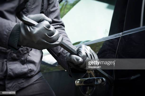 germany, north rhine westphalia, burglary breaking into car - thief stock pictures, royalty-free photos & images