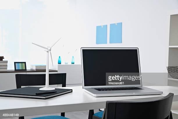 Germany, North Rhine Westphalia, Interior of home office