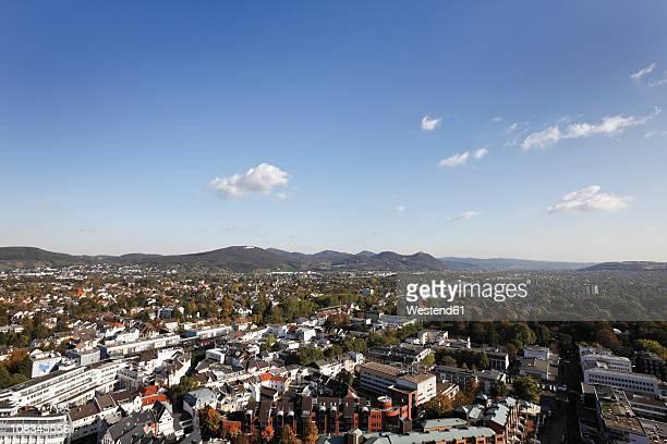 Germany, North Rhine-Westphalia, Bonn, Bad Godesberg, Elevated view of city with siebengebirge in background